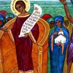 Une moniale présente l'Eglise à la protection de la Mère de Dieu