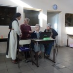 Mère Geneviève-Marie avec M.Jesus (modératrice), Lourdes (secrétaire)et M.Teresa (traductrice)