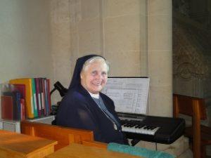 sr-elena-organiste